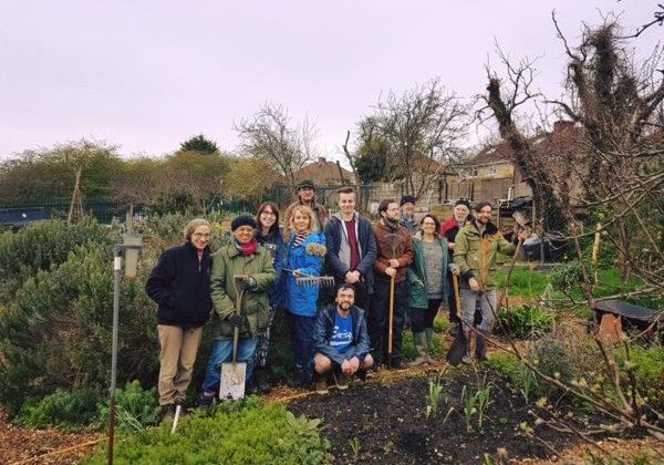 Green Fingers: Seeker Volunteers at Easton Community Garden