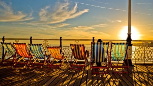 brighton-seo-beach-deckchairs